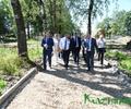 Губернатор Игорь Руденя проинспектировал ход благоустройства Городского сада в Бежецке
