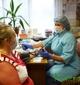 Сельская медсестра и дома, как на работе