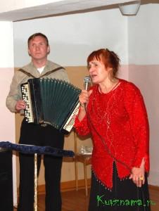 Выступают А. Л. Цыбашов и ветеран художественной самодеятельности Заовражского СДК Т. М. Колесова.