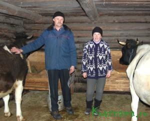 Александр Ковалев и его супруга Ирина, проживающие в деревне Хорлово Прямухинского сельского поселения