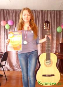 Одна из лучших учениц в детской музыкальной школе Татьяна Щербакова