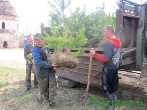 Недалеко от Кувшинова есть большое и красивое село Борзыни