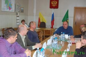 Встреча главы Кувшиновского района И. Аввакумова с представителями политических партий