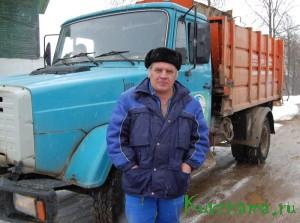 Руководство ООО «Универсал-Н», где в настоящее время трудится Г.А. Захаров, ценит опытного водителя