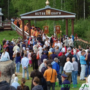 28 мая в Осташковском районе у истока Волги состоялось открытие ежегодного 18-го крестного хода