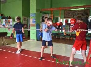 Подарок боксерам – полноценный ремонт тренировочного зала