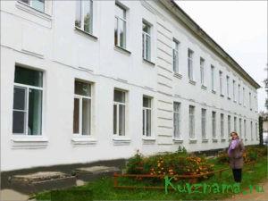 Школа №2 засияла новыми окнами