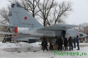 В Парке Победы в Твери установлен истребитель МИГ-25 РБ
