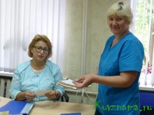 Елена Илютина (слева)
