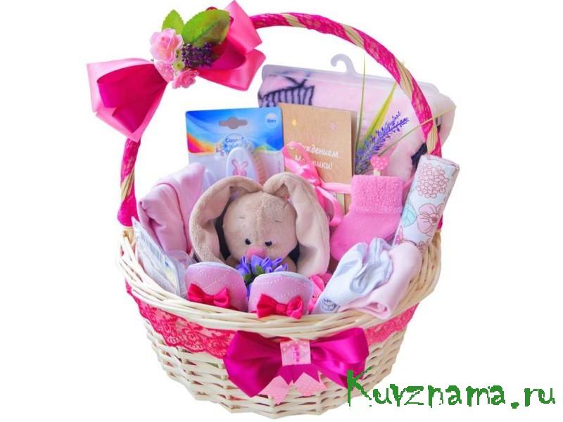 Почти 17 тысяч семей региона получили подарки для новорожденных