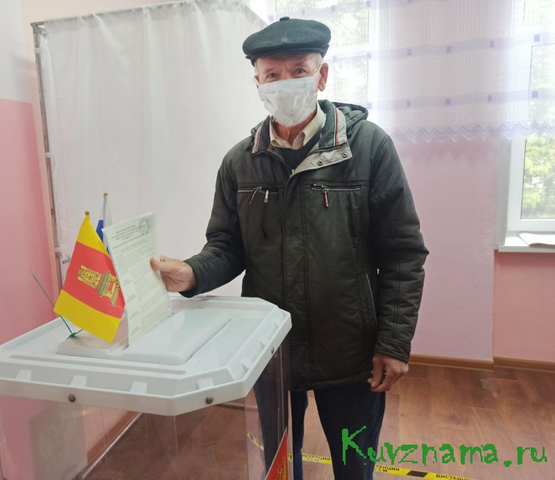 """Иван Сенаторов: """"Решаем судьбу родного района"""""""